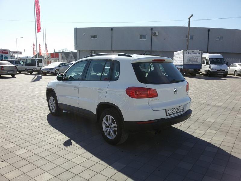 Volkswagen Tiguan 1.4АТ(150л.с.) 2015г.